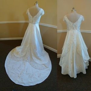 Mary's Bridal Dresses - Mary's Bridal Moda Bella Ivory wedding dress (14)
